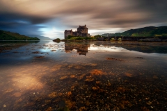 Scotland Landscape Photography/ Eilean Donan Castle Autumn sunrise.