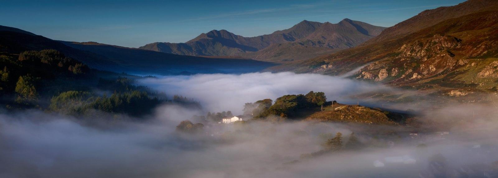Workshops Snowdonia Wales / Snowdon Llynnau Mymbyr before you wake up...