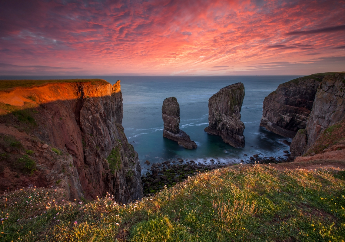 The stack at Pembrokeshire Coast Wales/canvas prints wall art for sale