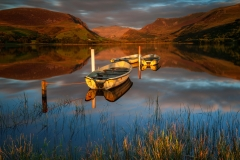 Wales Landscape Photography / Llyn Nantlle Uchaf autumn at stunning beauty golden hour